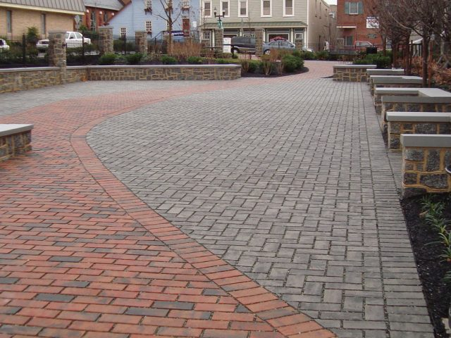 Concrete_Pavers_Interlocking_Installation10
