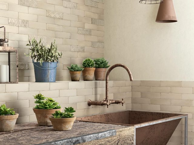 Resort Classic Brick-Look Ceramic Tiles