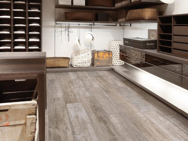 Restore Thinner Thin Wood Plank Porcelain Tile Collection - Antiqued Fence Installation